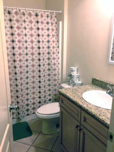 Volunteer House Bathroom 2